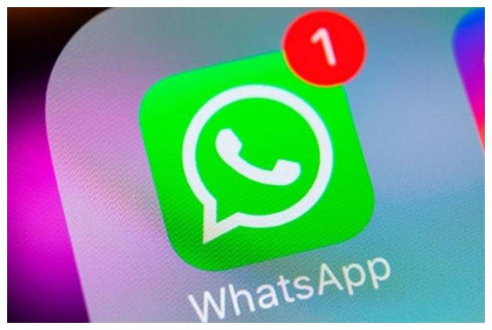 Dos años de prisión por acosar a su expareja con 500 mensajes de WhatsApp en dos meses